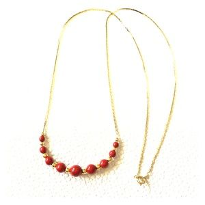 Jewelry - GOLD TONE NECKLACE/RED BEADS